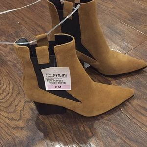 Brown sued booties